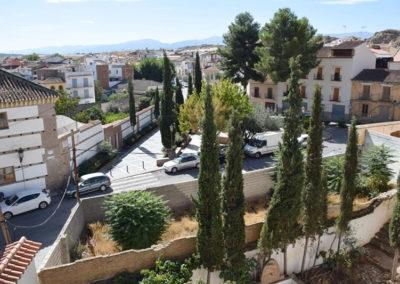 G3.17 Plaza Pedro de Mendoza y solares que impiden el ingreso en la alcazaba desde oriente